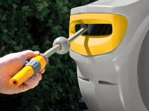 Auto reel's robust & durable spring automatically retracts and puts the hose away for you, so you don't have to