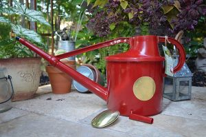 Haws Deluxe 7-Litre Outdoor Watering Can, Red Review